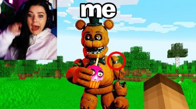 Playing as FNAF Animatronic to PRANK my Girlfriend with Shapeshift Mod in Minecraft!